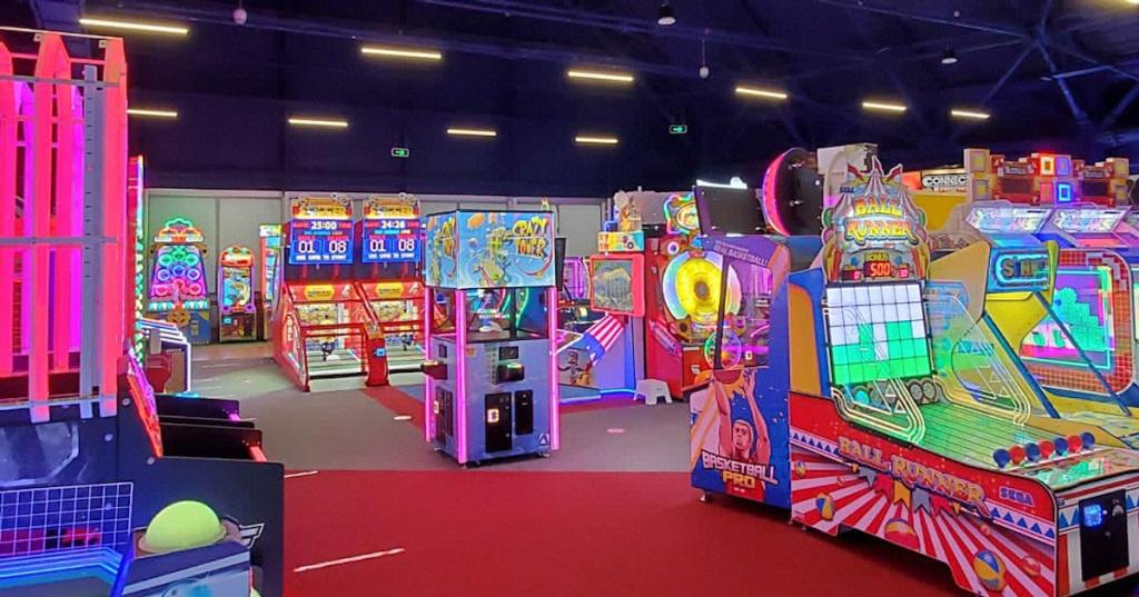 Игровые автоматы в развлекательный центр semerka.club игровые автоматы