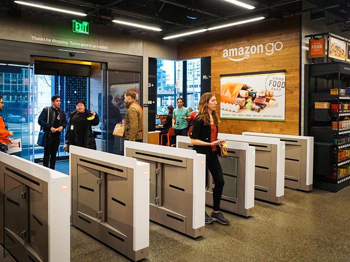 Amazon рассматривает возможность открытия до 3000 магазинов без кассира к 2021 году