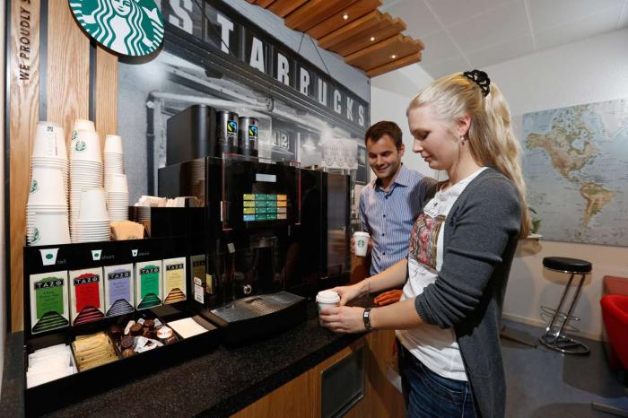 Пункт самообслуживания Starbucks.png
