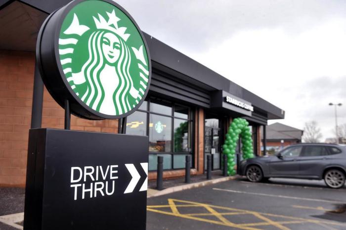 Starbucks drive thru.png